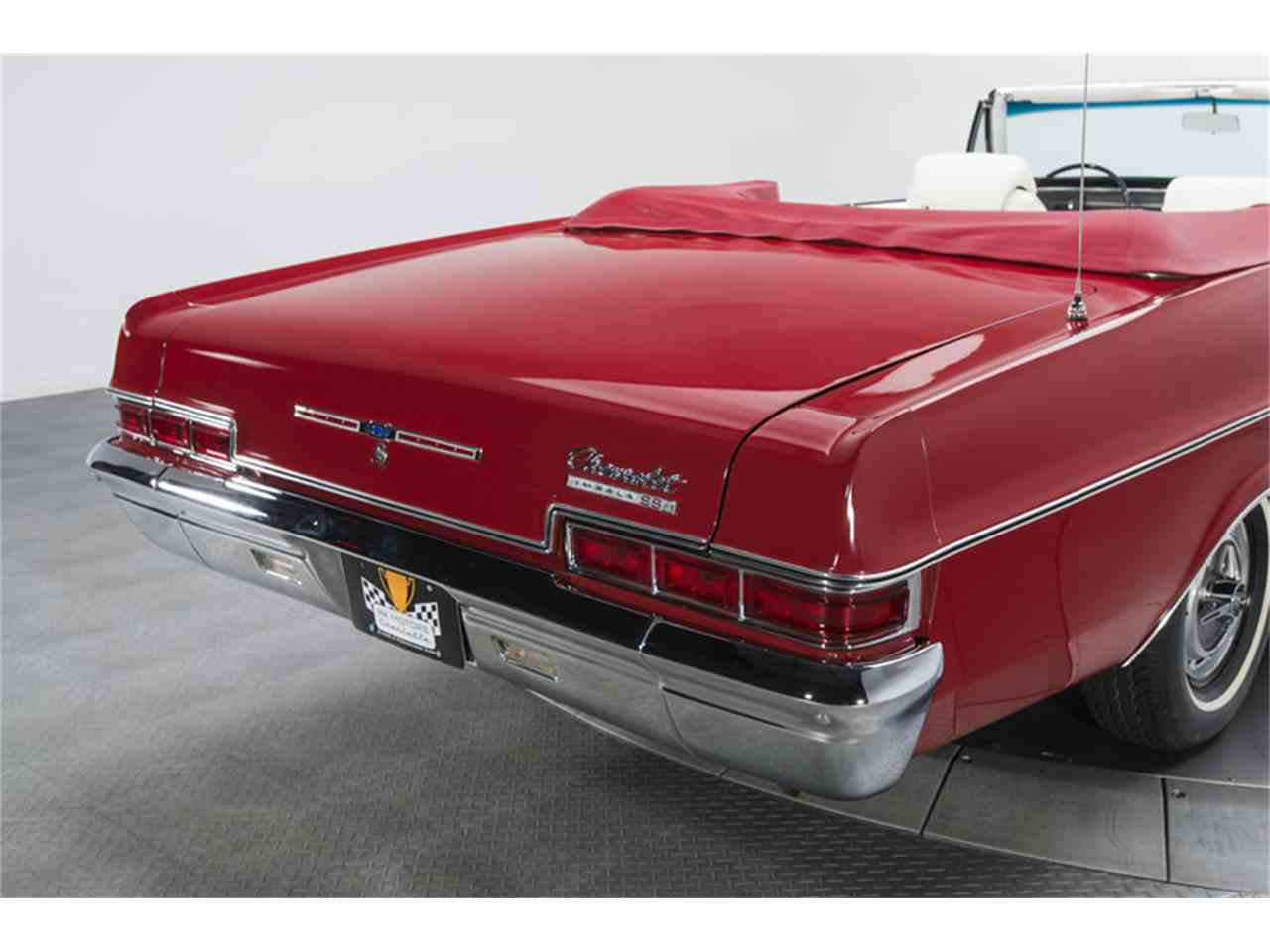 Large Picture of '66 Impala SS - L8OP