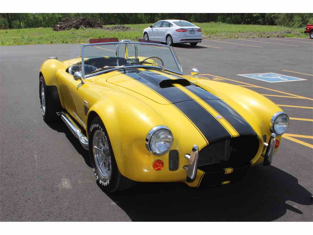 Large Picture of 2005 Cobra - L8PV