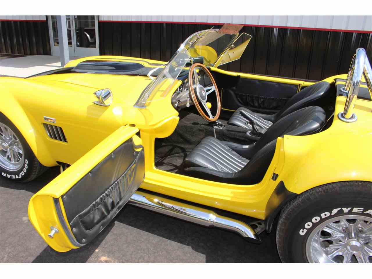 Large Picture of '05 Shelby Cobra located in Brainerd Minnesota Offered by High Rollers Hot Rods and Classics - L8PV