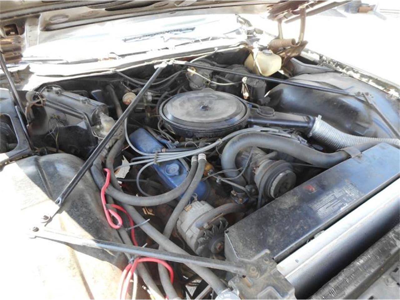 Large Picture of '76 4-Dr Sedan - L8QX