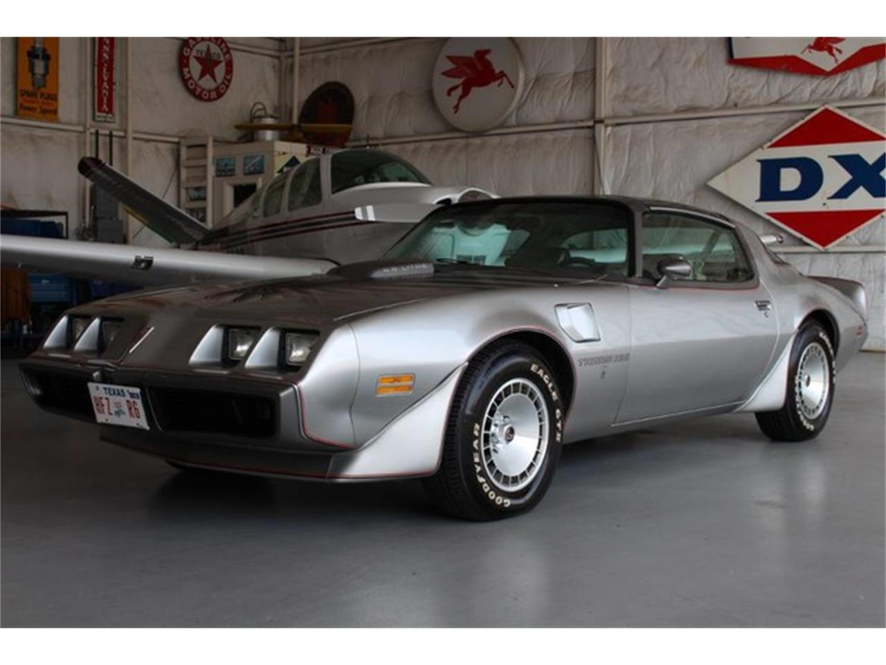 Large Picture of 1979 Pontiac Firebird Trans Am located in Addison Texas - L8RD