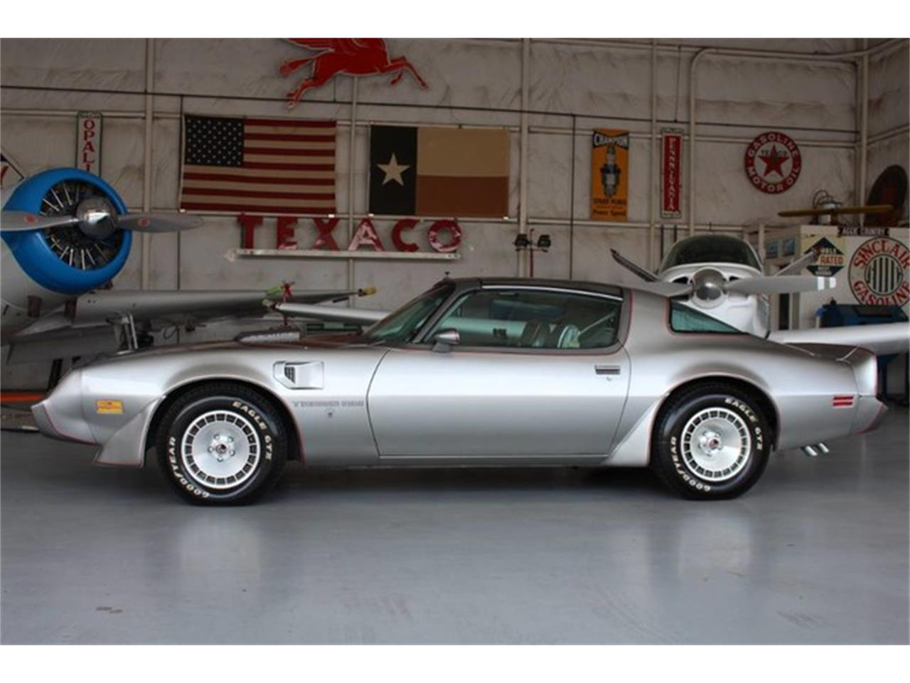 Large Picture of '79 Pontiac Firebird Trans Am located in Addison Texas Offered by eCarLink - L8RD