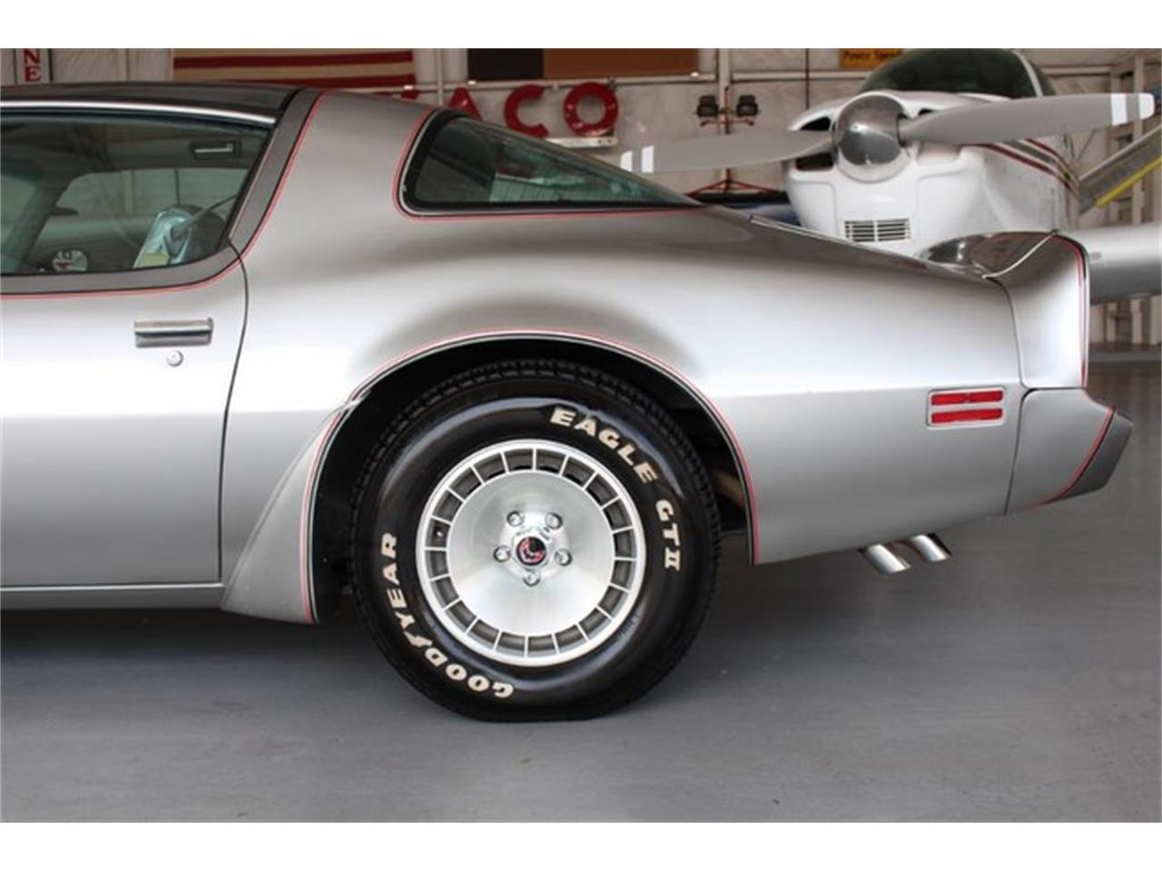 Large Picture of '79 Pontiac Firebird Trans Am located in Addison Texas - L8RD