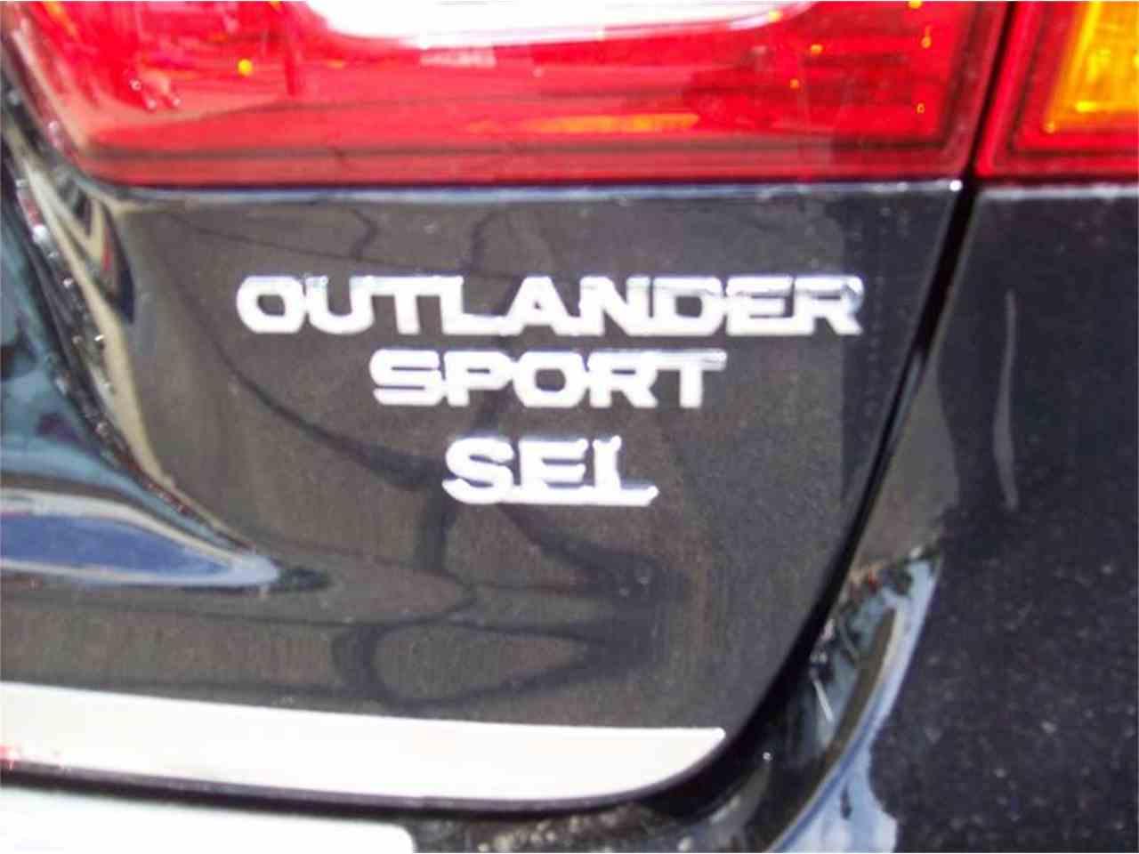 Large Picture of '17 Outlander - L8UA
