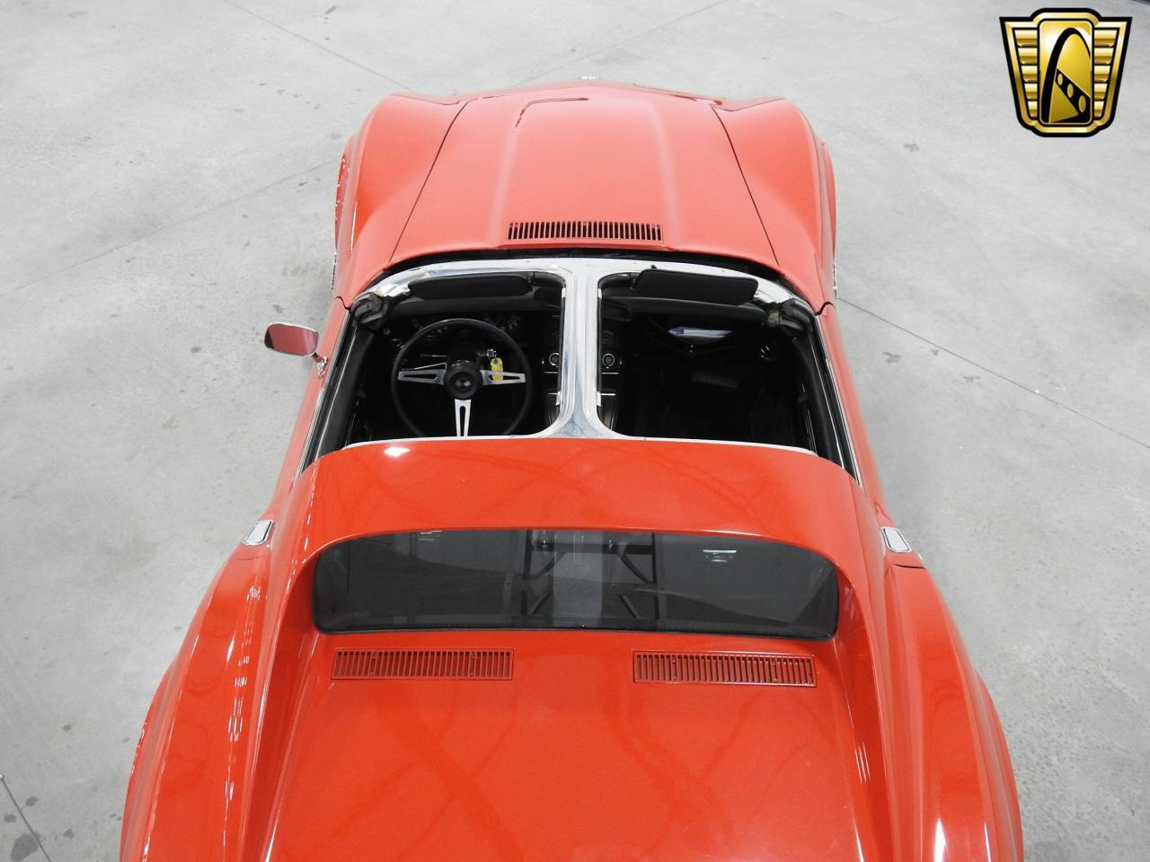 Large Picture of 1974 Chevrolet Corvette located in Wisconsin Offered by Gateway Classic Cars - Milwaukee - L7ZH