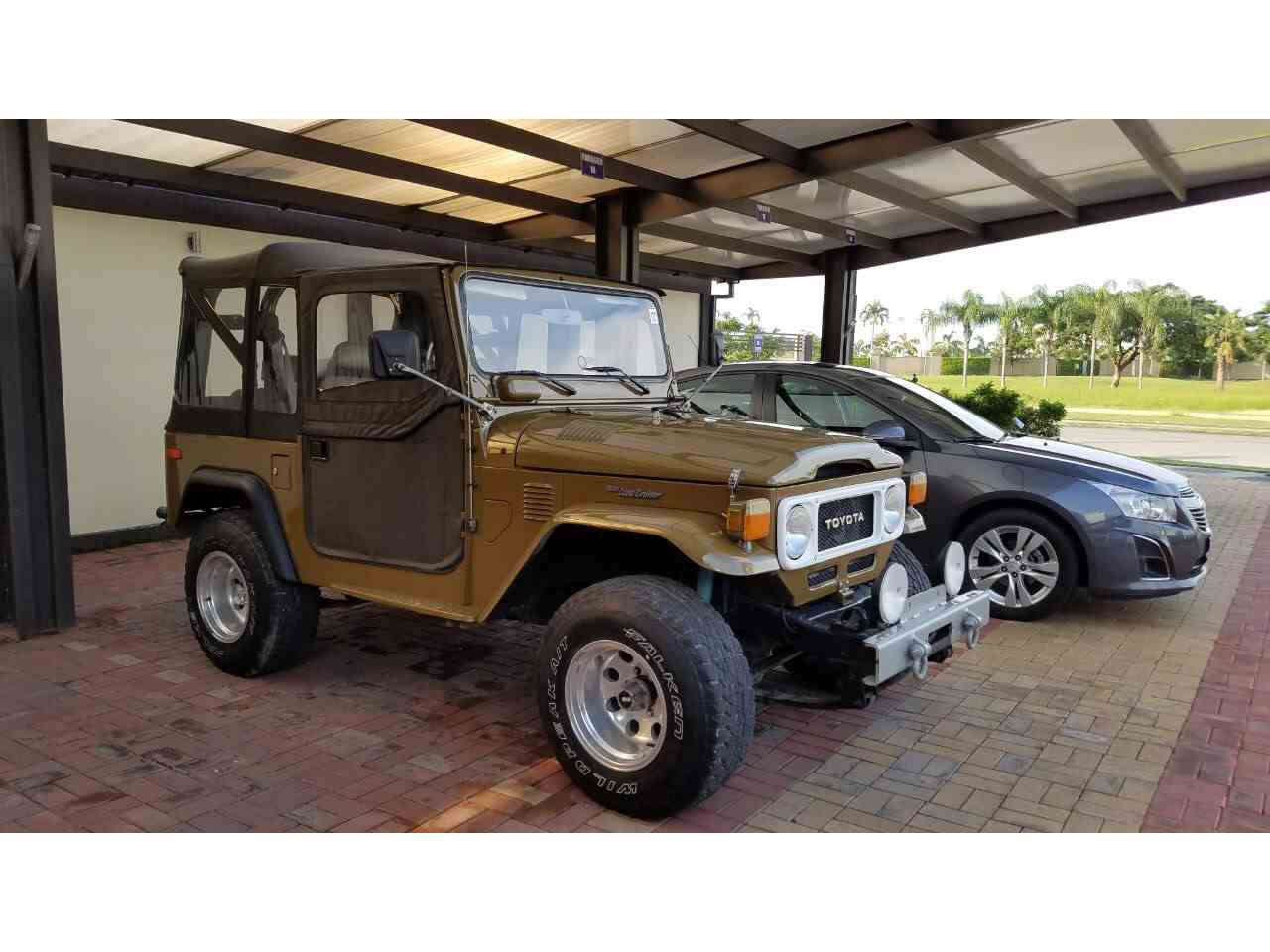 Large Picture of '80 Land Cruiser FJ - L8UU
