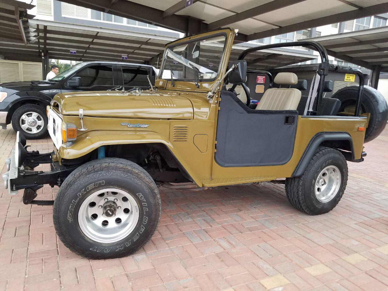 Large Picture of '80 Land Cruiser FJ located in Guayaquil Guayas - $50,000.00 Offered by a Private Seller - L8UU