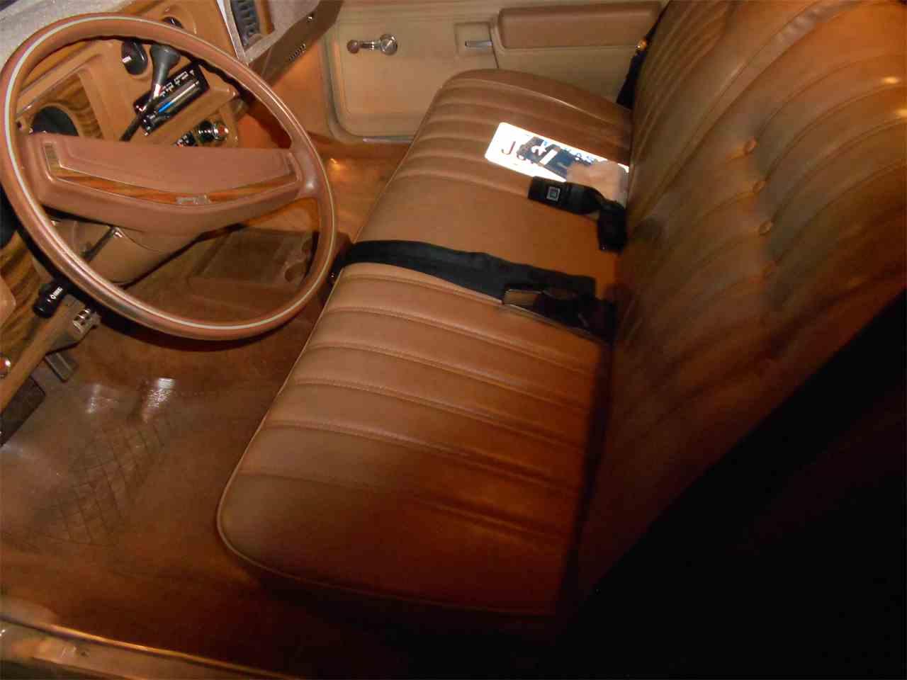 Large Picture of '76 Monte Carlo - L8UZ