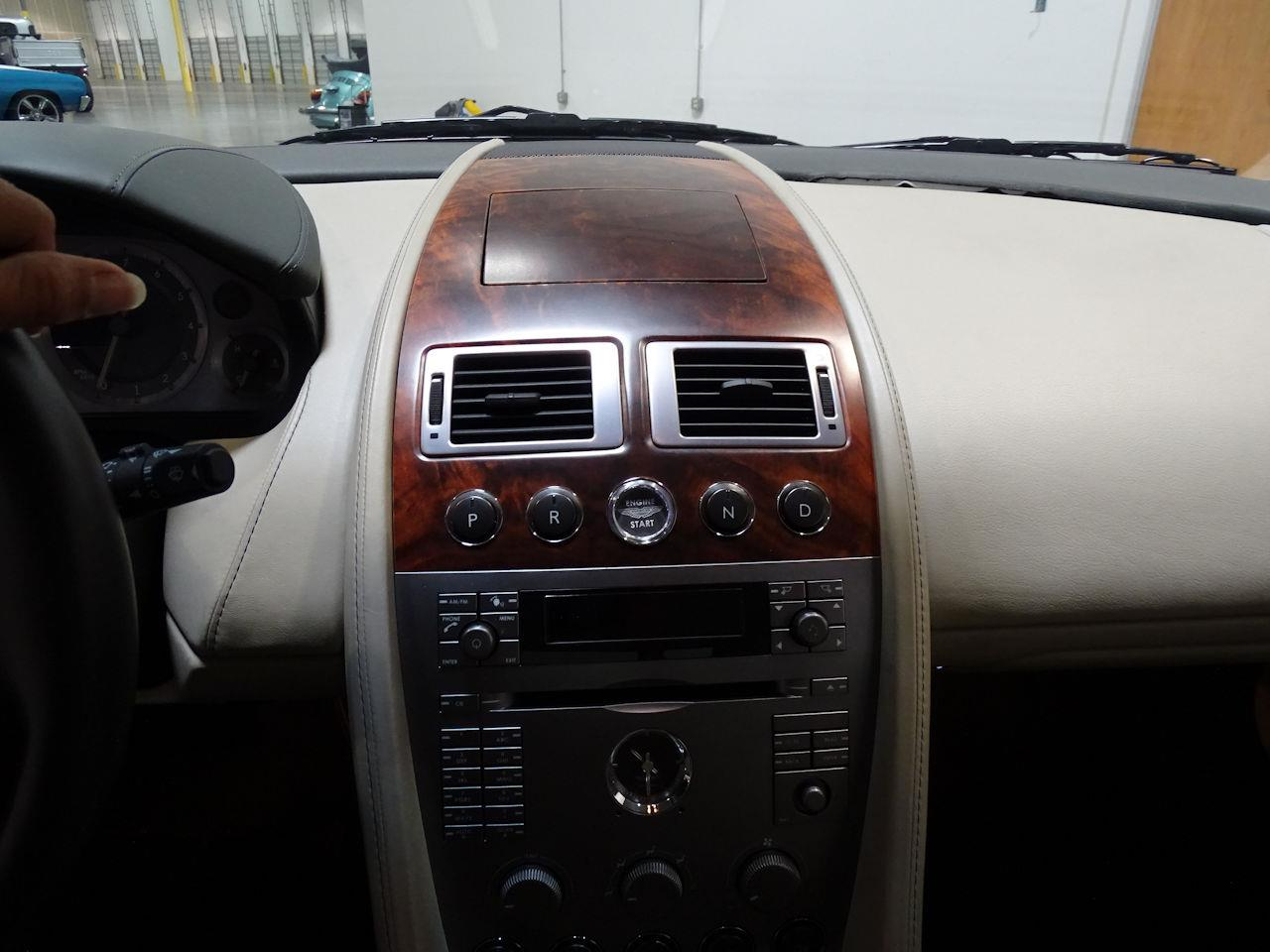 Large Picture of '05 Aston Martin DB9 - $58,000.00 - L7ZM