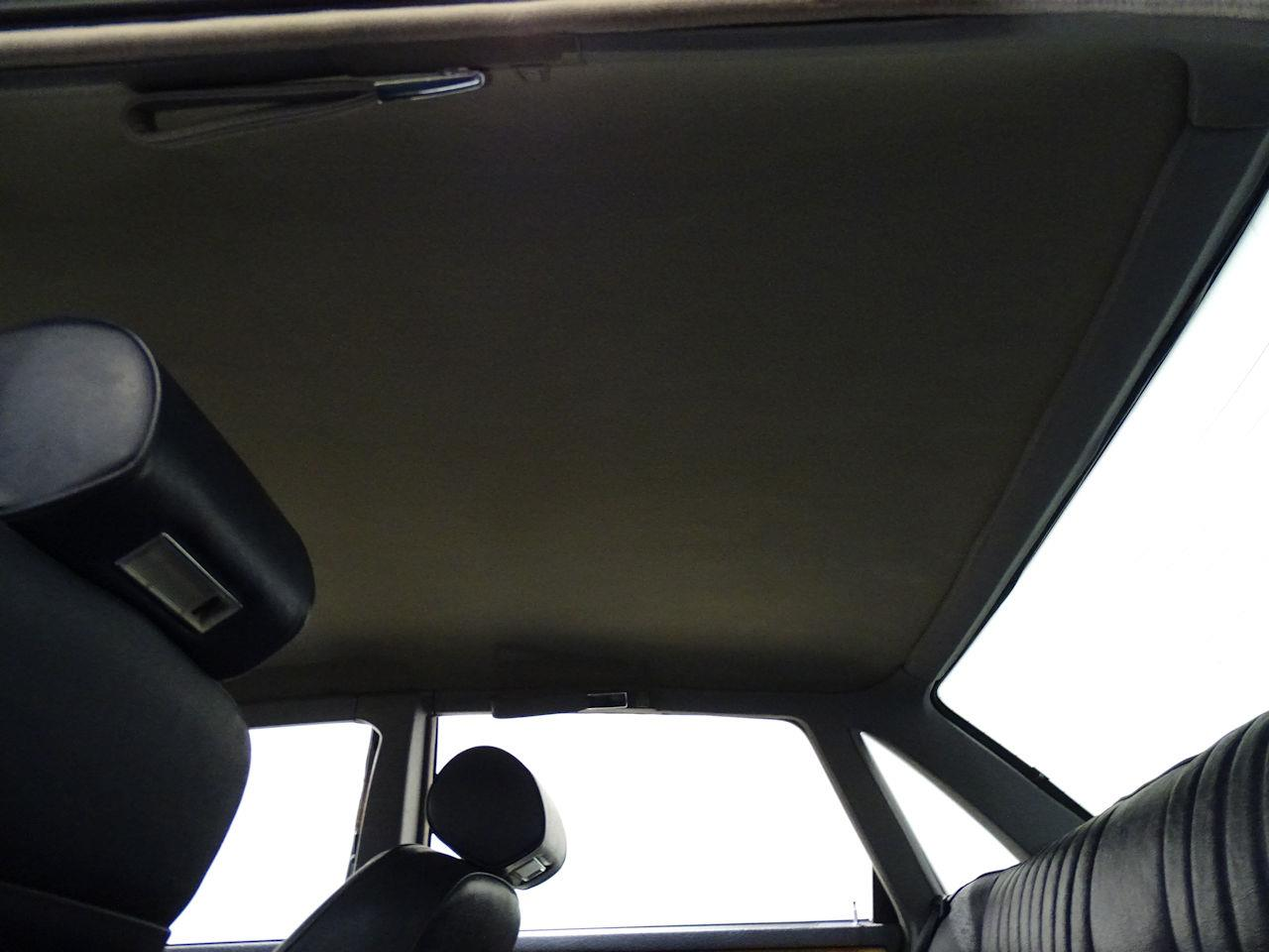 Large Picture of '90 XJ6 - L7ZN