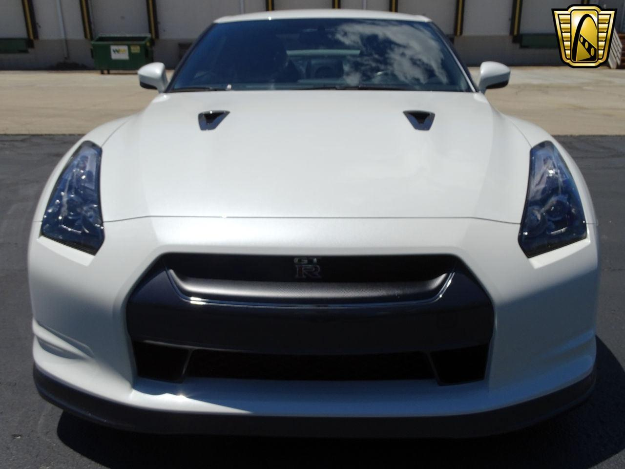 Large Picture of 2010 GT-R located in Indiana Offered by Gateway Classic Cars - Indianapolis - L8WR