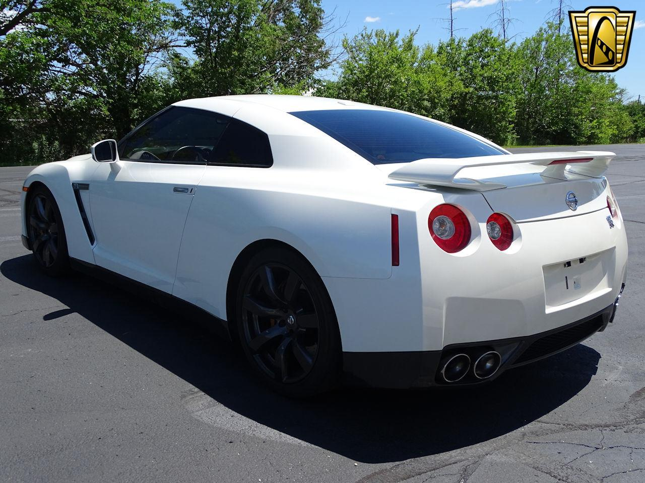 Large Picture of '10 GT-R located in Indianapolis Indiana - $65,000.00 - L8WR