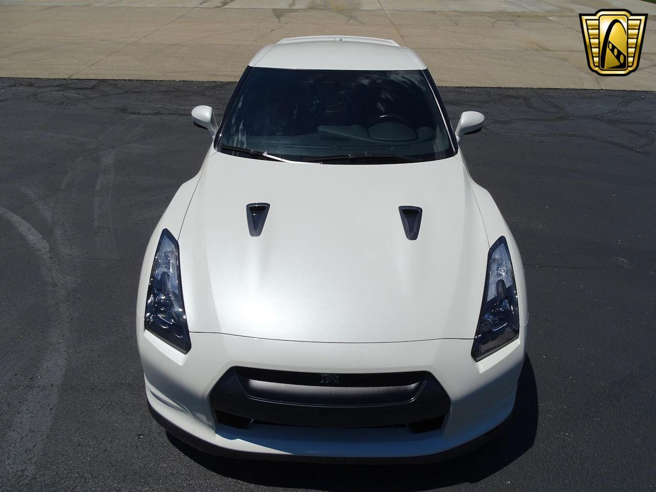 Large Picture of 2010 Nissan GT-R located in Indiana Offered by Gateway Classic Cars - Indianapolis - L8WR