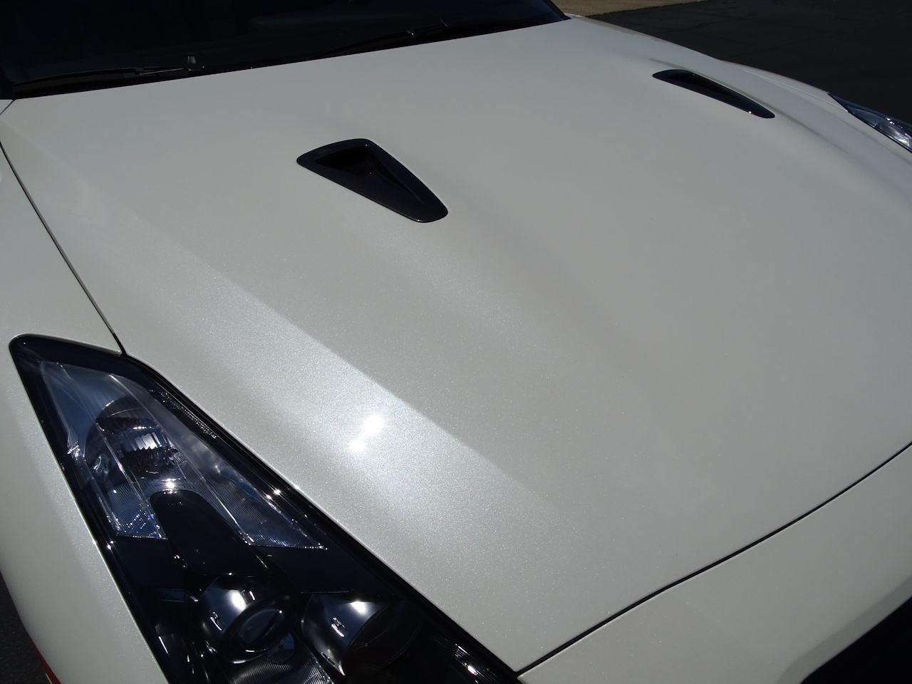 Large Picture of 2010 Nissan GT-R Offered by Gateway Classic Cars - Indianapolis - L8WR
