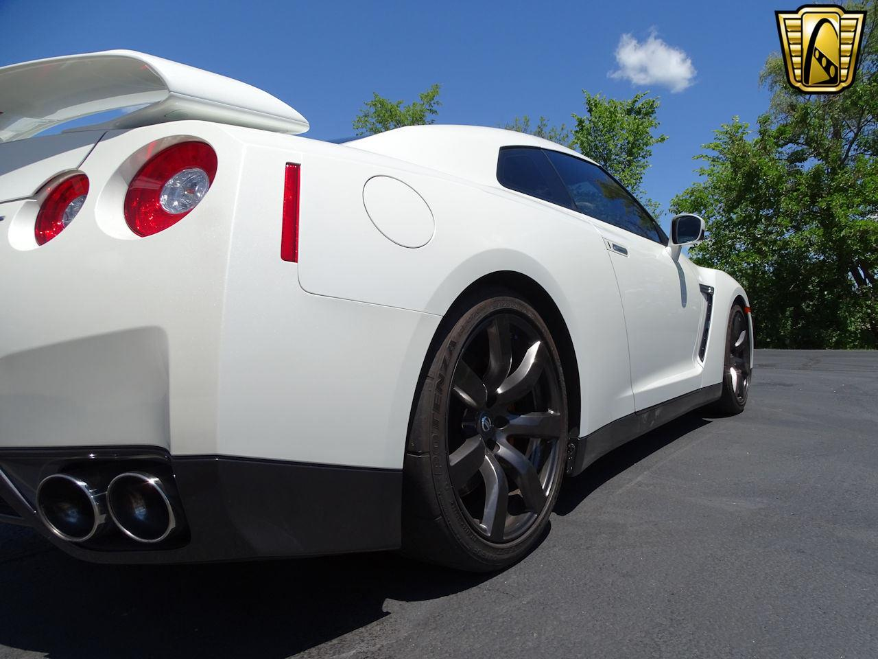 Large Picture of 2010 Nissan GT-R located in Indianapolis Indiana - $65,000.00 - L8WR