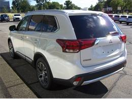 Picture of '17 Outlander - L8Y4
