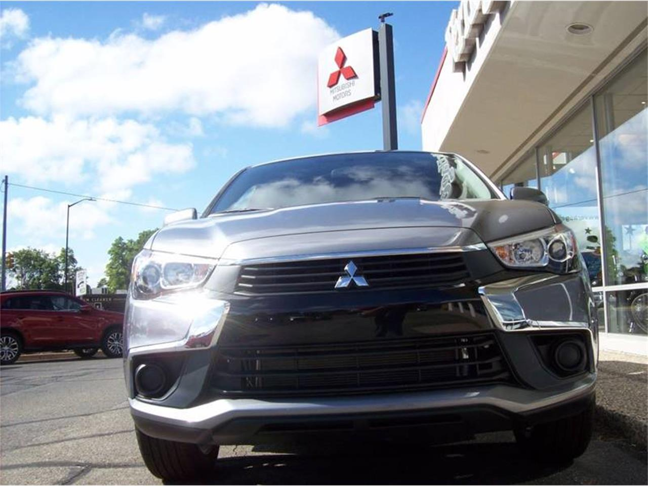 Large Picture of 2017 Outlander located in Holland Michigan - $18,685.00 - L8Y5