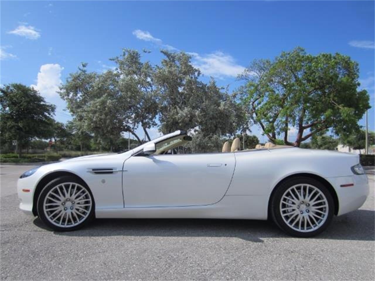 Large Picture of '09 DB9 - $64,900.00 - L8Y9