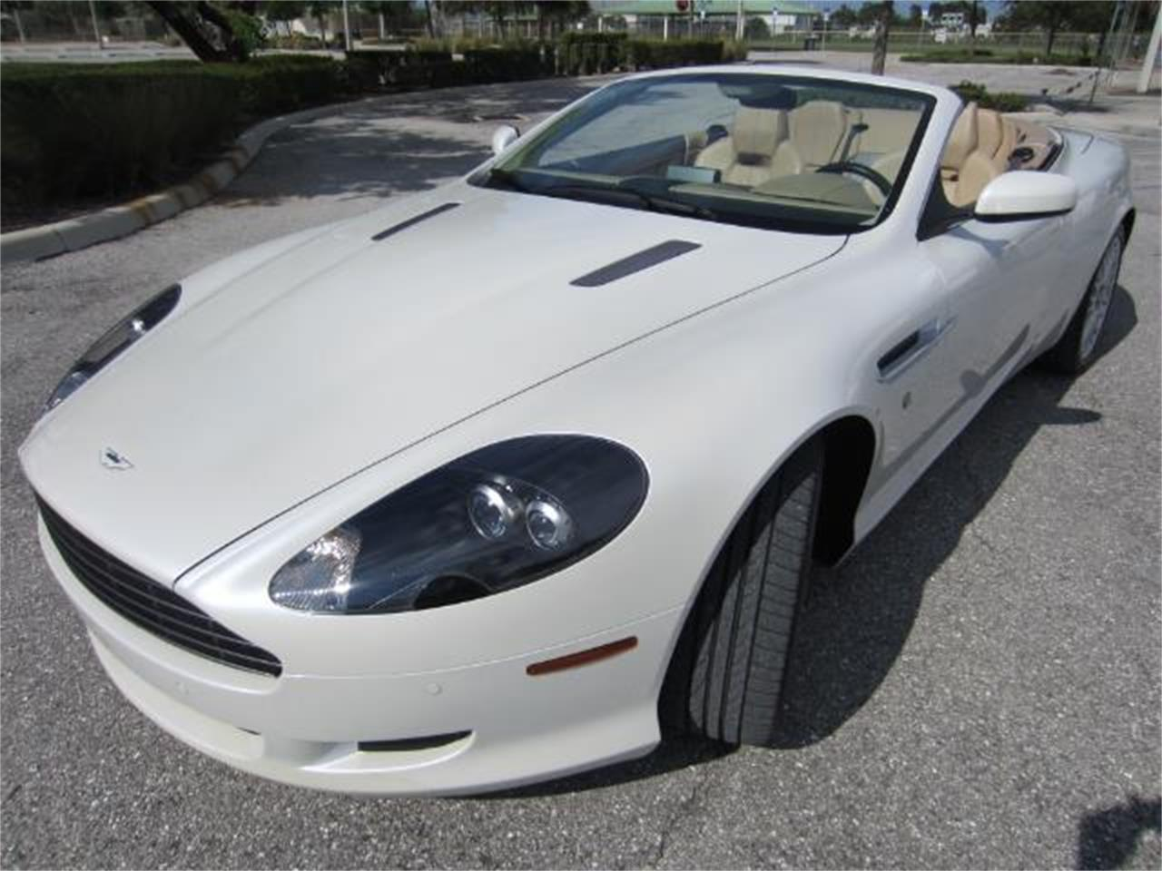 Large Picture of '09 Aston Martin DB9 located in Florida - $64,900.00 - L8Y9