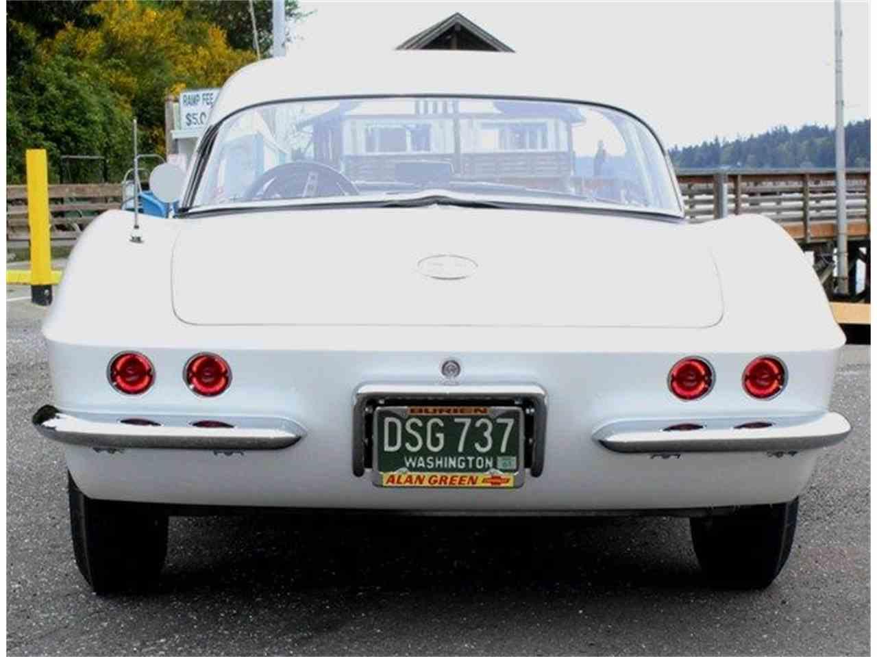 Large Picture of '61 Corvette - L8YI