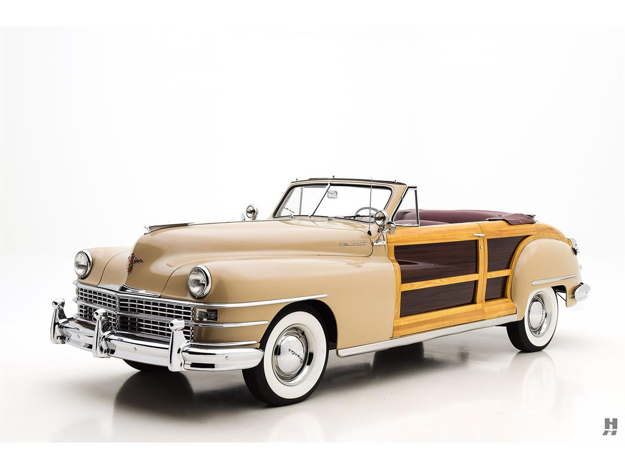 Large Picture of Classic '47 Town & Country - $198,500.00 - L804
