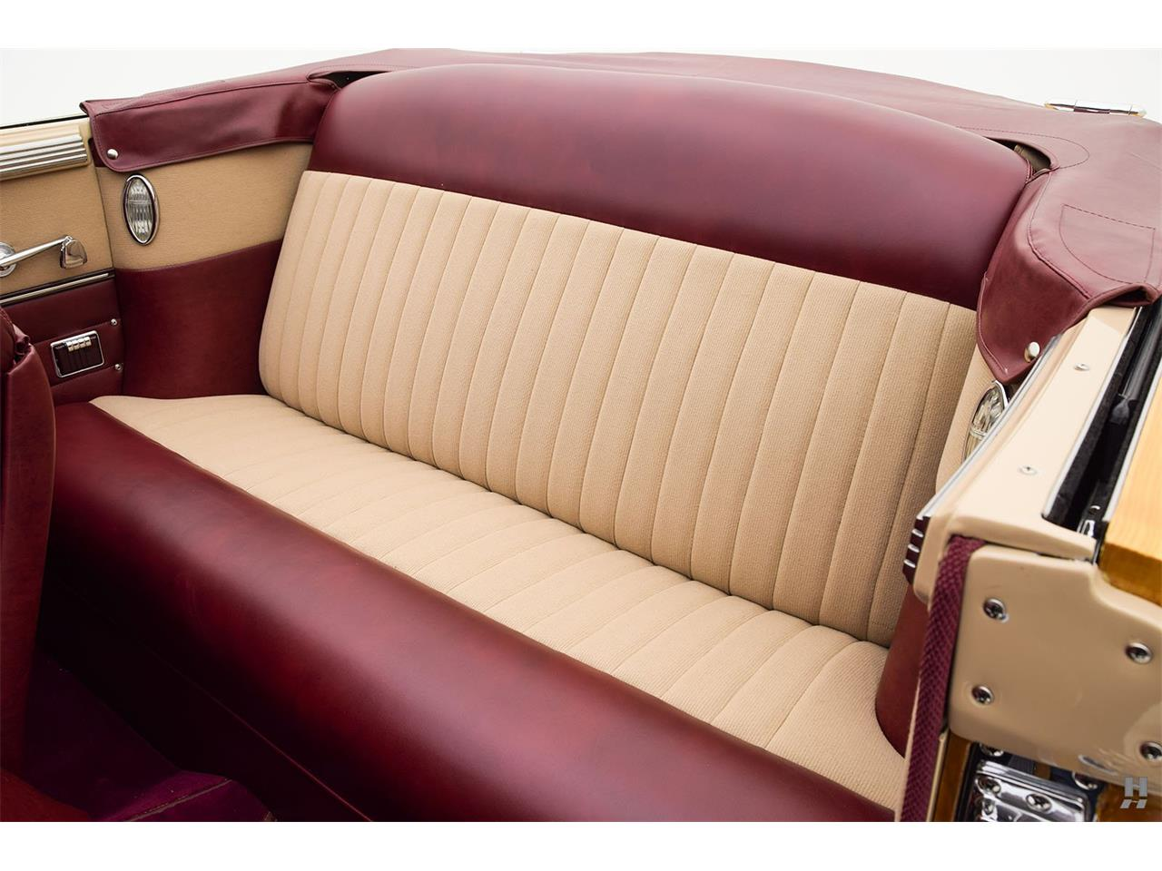 Large Picture of '47 Chrysler Town & Country - L804