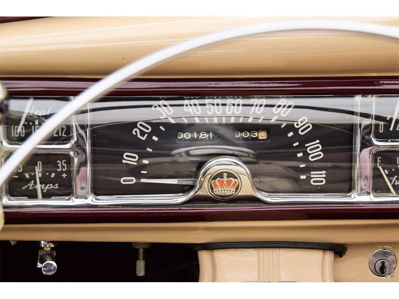 Large Picture of 1947 Town & Country - L804