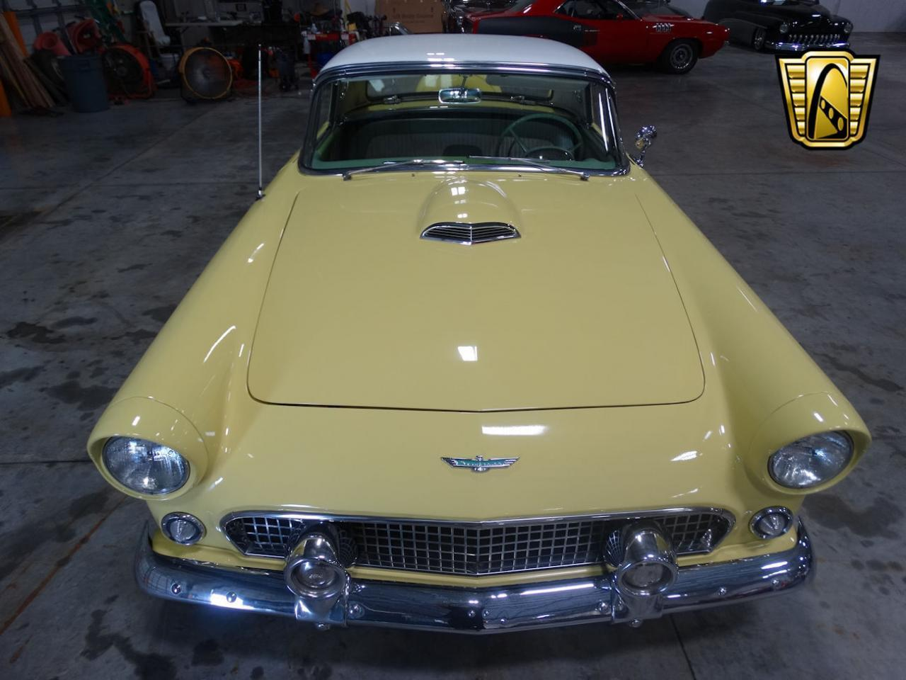Large Picture of 1956 Thunderbird - L91T