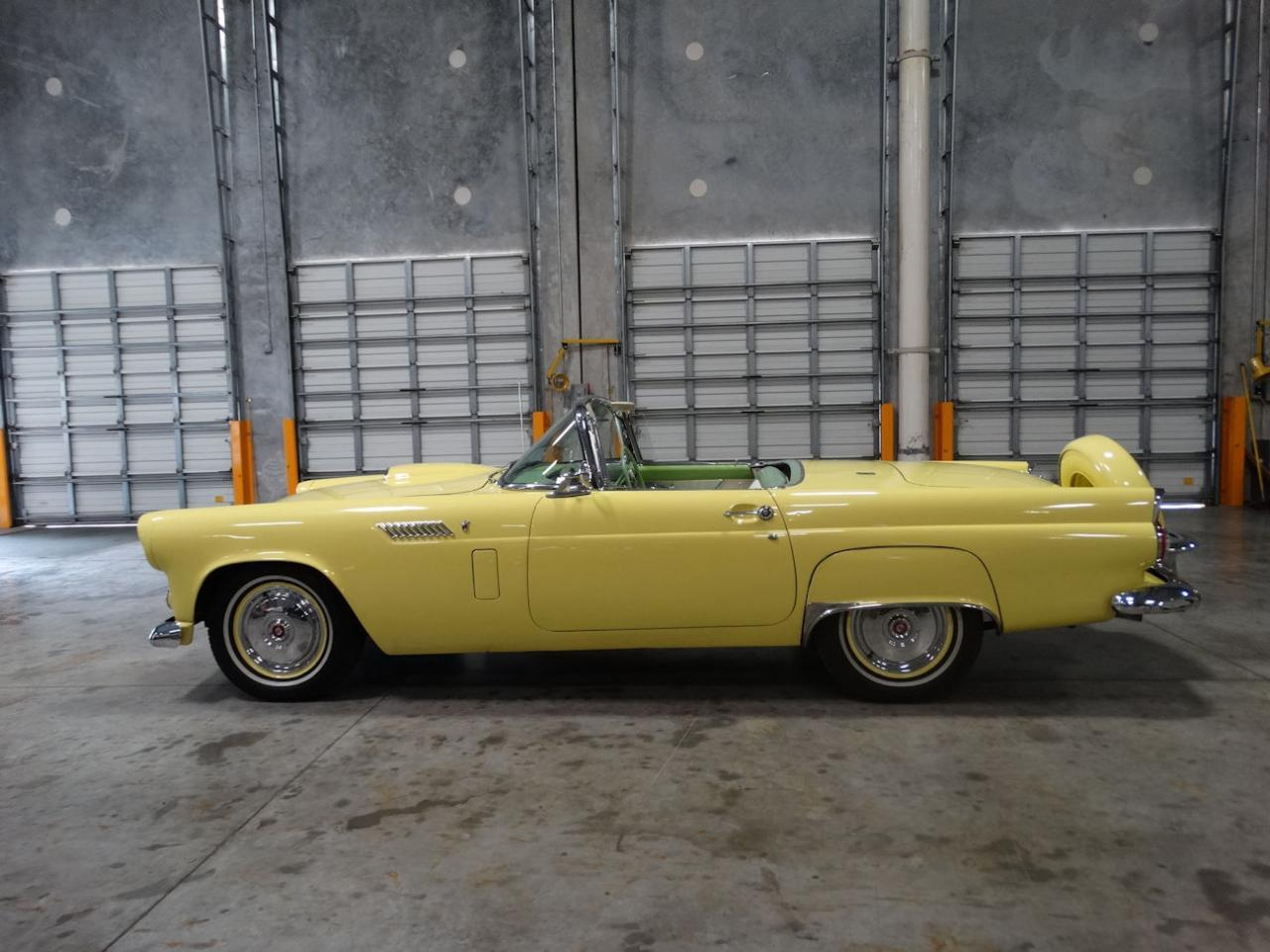 Large Picture of '56 Ford Thunderbird - L91T
