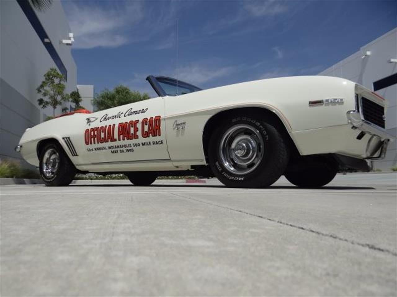 Large Picture of '69 Camaro - L934