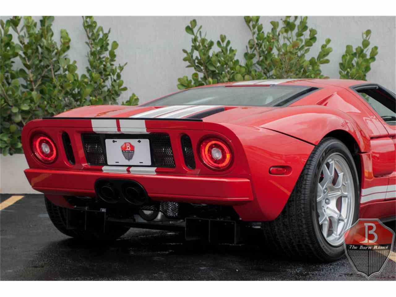 Large Picture of '06 Ford GT located in Florida Offered by The Barn Miami - L80N
