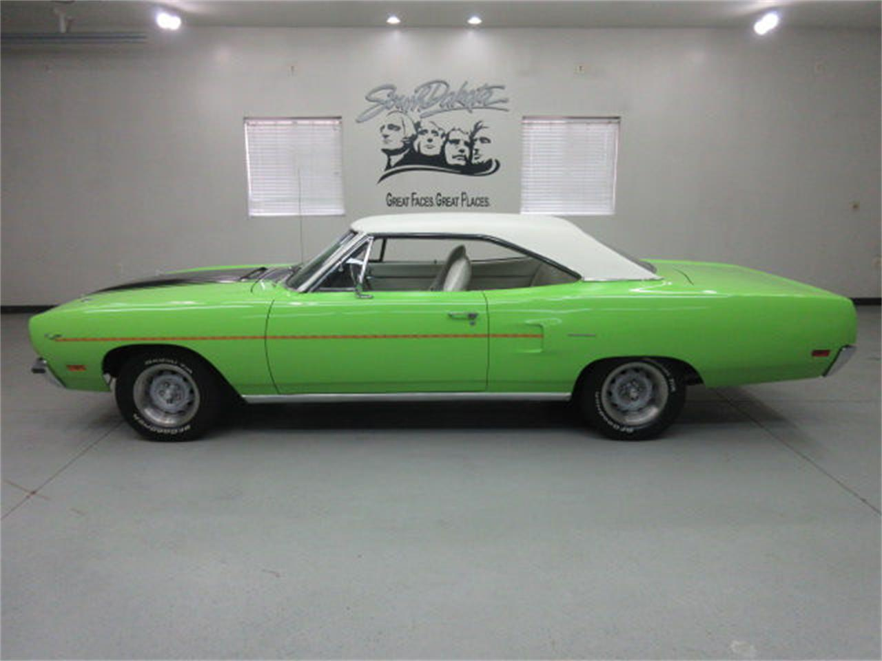 Large Picture of 1970 Plymouth Road Runner located in South Dakota Offered by Frankman Motor Company - L81P