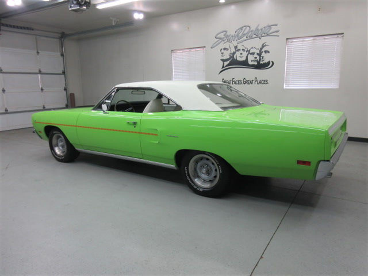 Large Picture of Classic '70 Road Runner located in Sioux Falls South Dakota - $45,975.00 - L81P