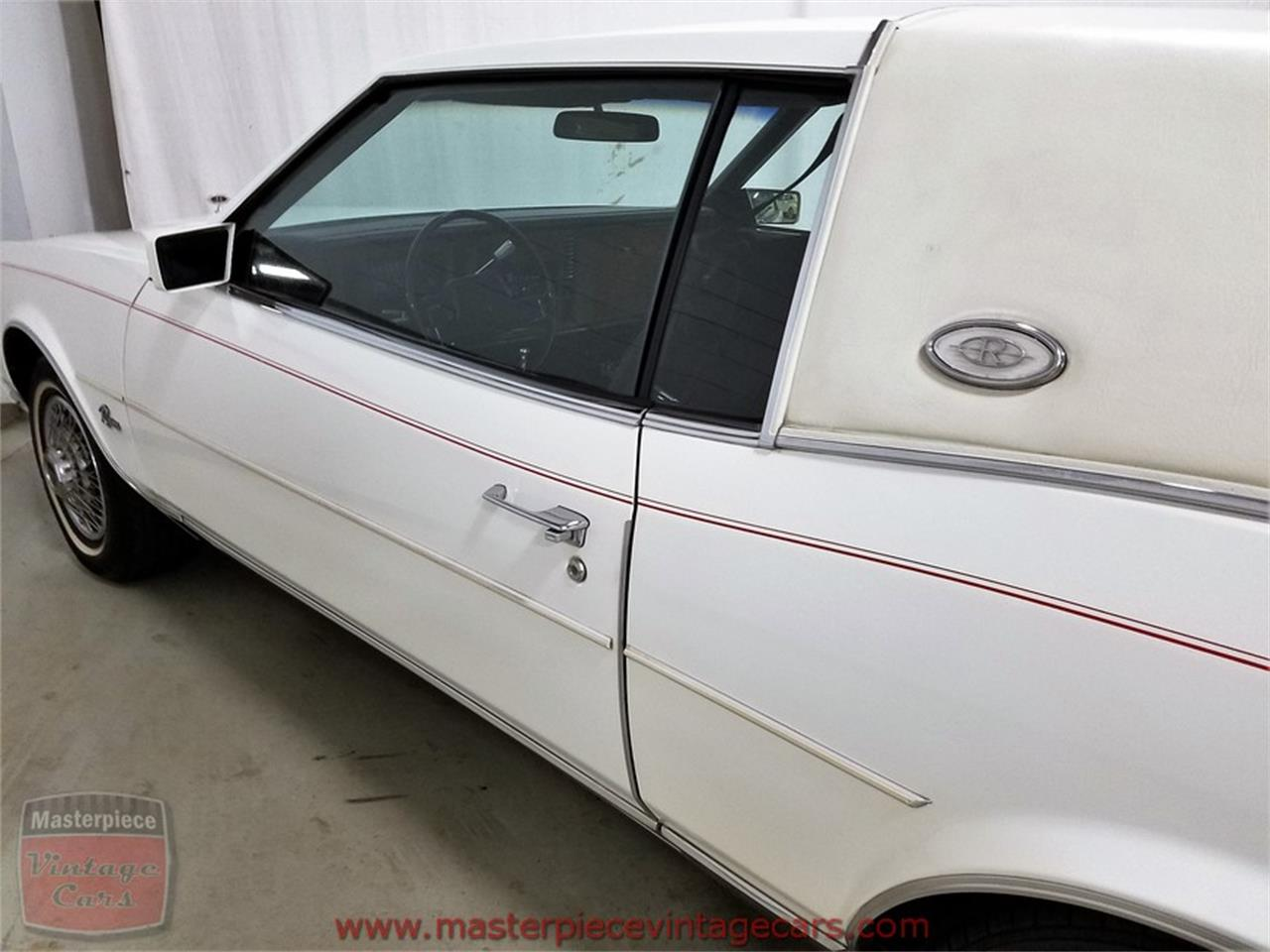 Large Picture of 1985 Buick Riviera - $8,950.00 - L82V
