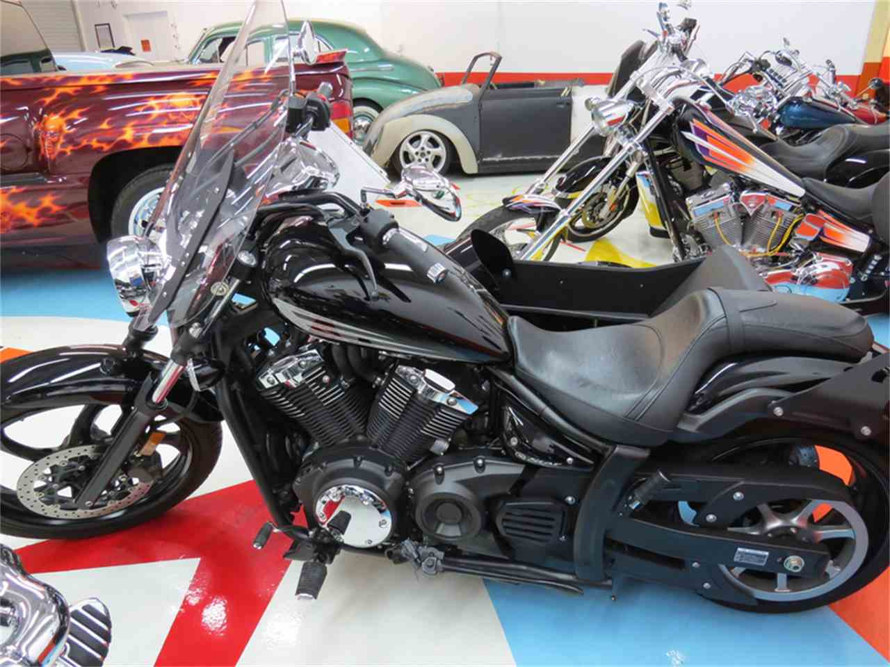 Large Picture of '11 XVS 1300 w/ Sidecar - L9T8