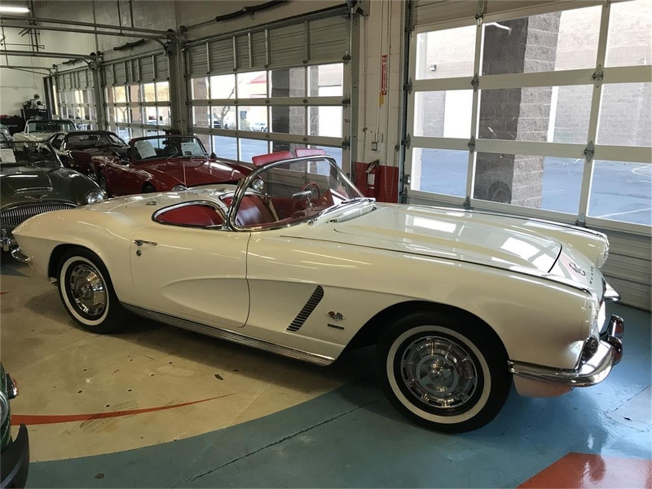 Large Picture of 1962 Corvette - L9TH