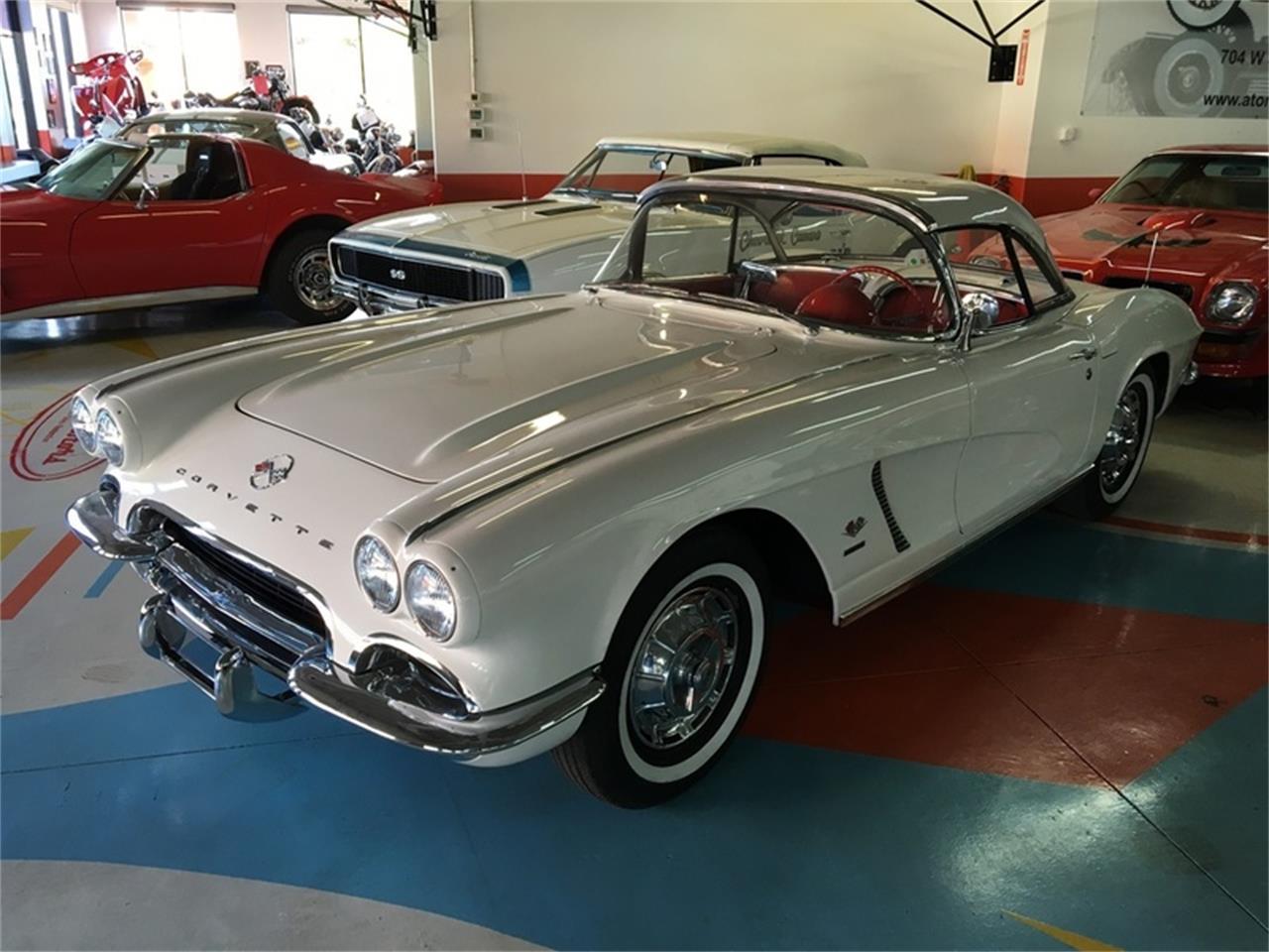 Large Picture of Classic 1962 Chevrolet Corvette located in Henderson Nevada - L9TH