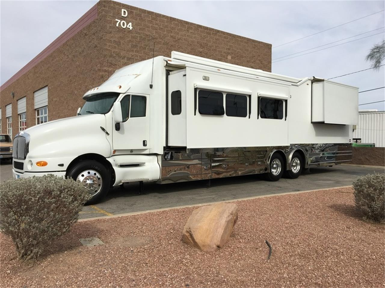 Large Picture of '06 Kenworth T2000 with KINGSLEY COACH located in Nevada - $395,000.00 Offered by Atomic Motors - L9TS