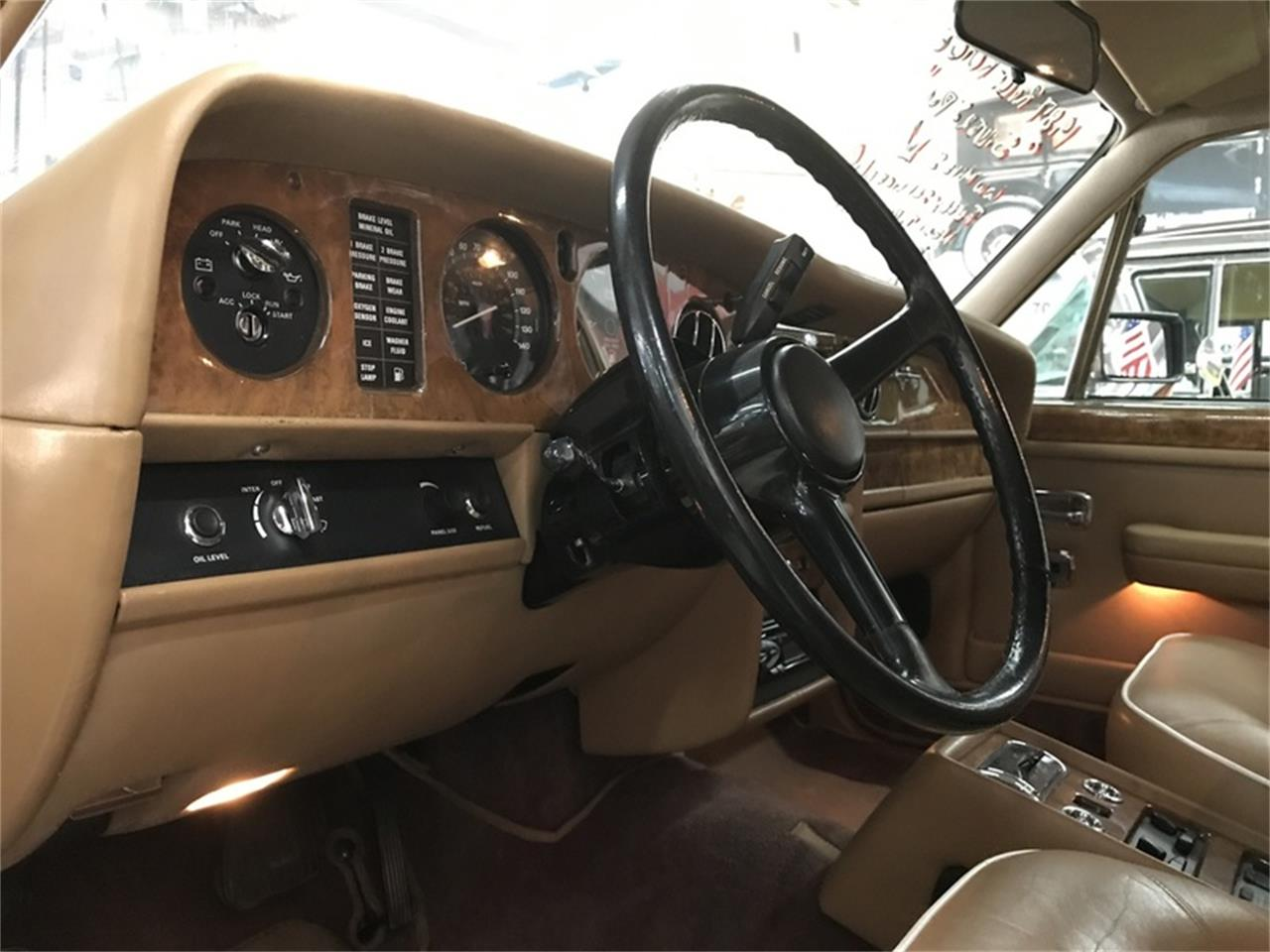 Large Picture of 1987 Rolls-Royce Silver Spur - $18,900.00 - L9UE