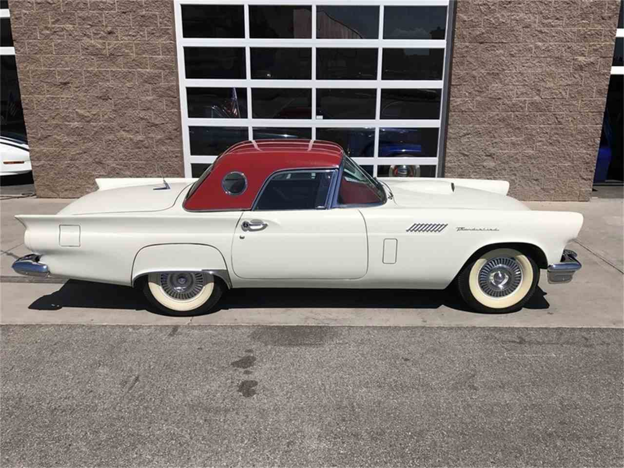 Large Picture of '57 Thunderbird - L9UW