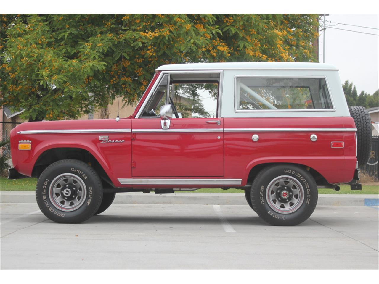 Large Picture of '71 Bronco - $36,500.00 - L83A