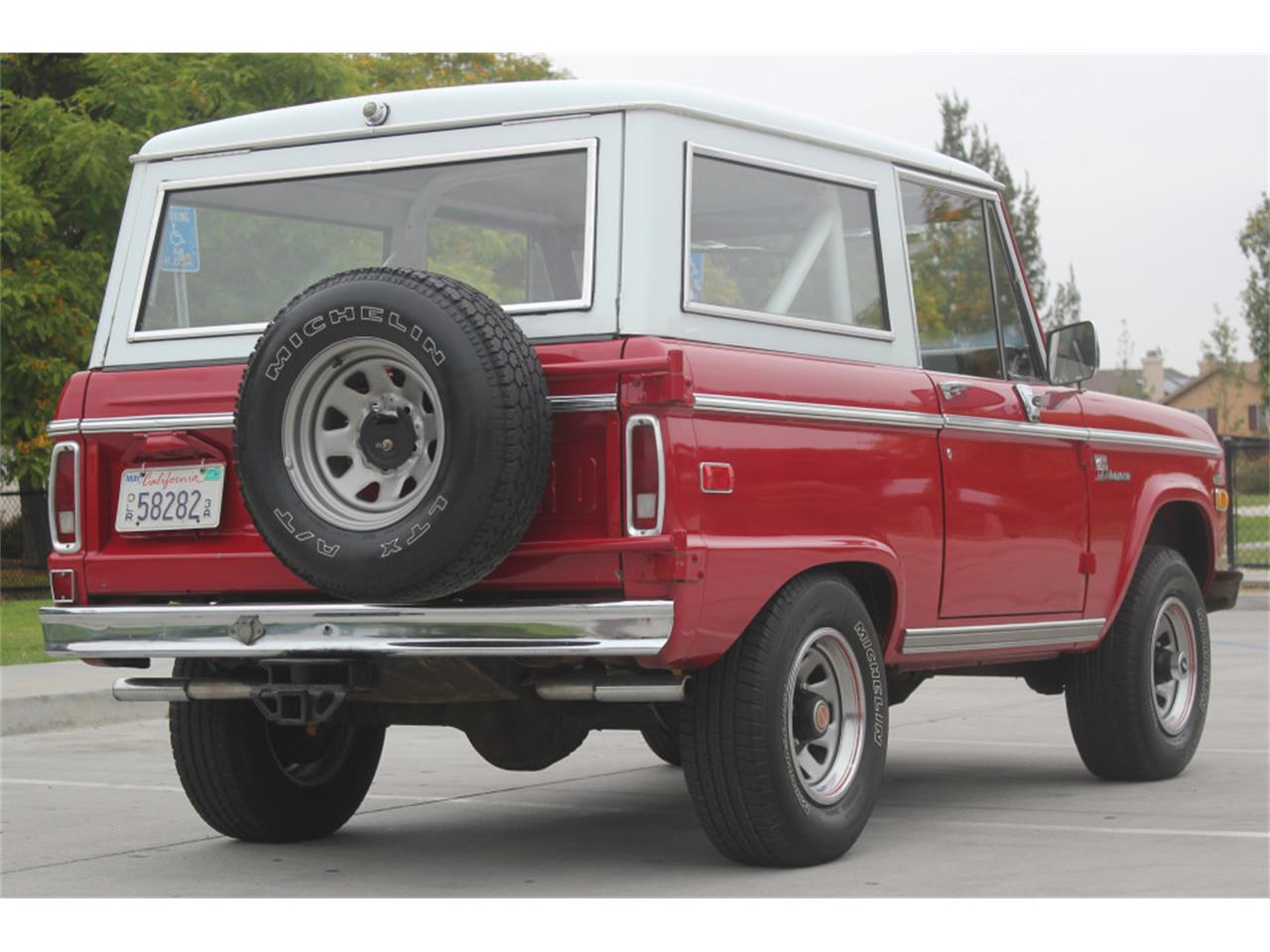 Large Picture of Classic 1971 Bronco - L83A