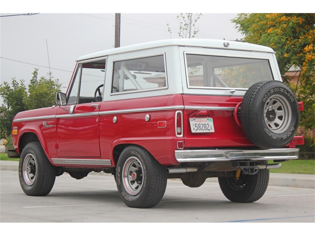 Large Picture of Classic '71 Ford Bronco Offered by Precious Metals - L83A