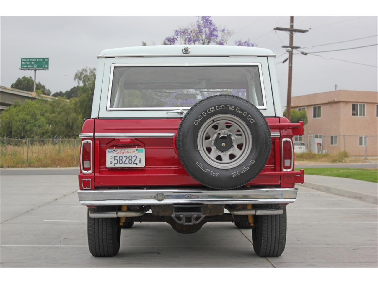 Large Picture of 1971 Ford Bronco located in California - L83A