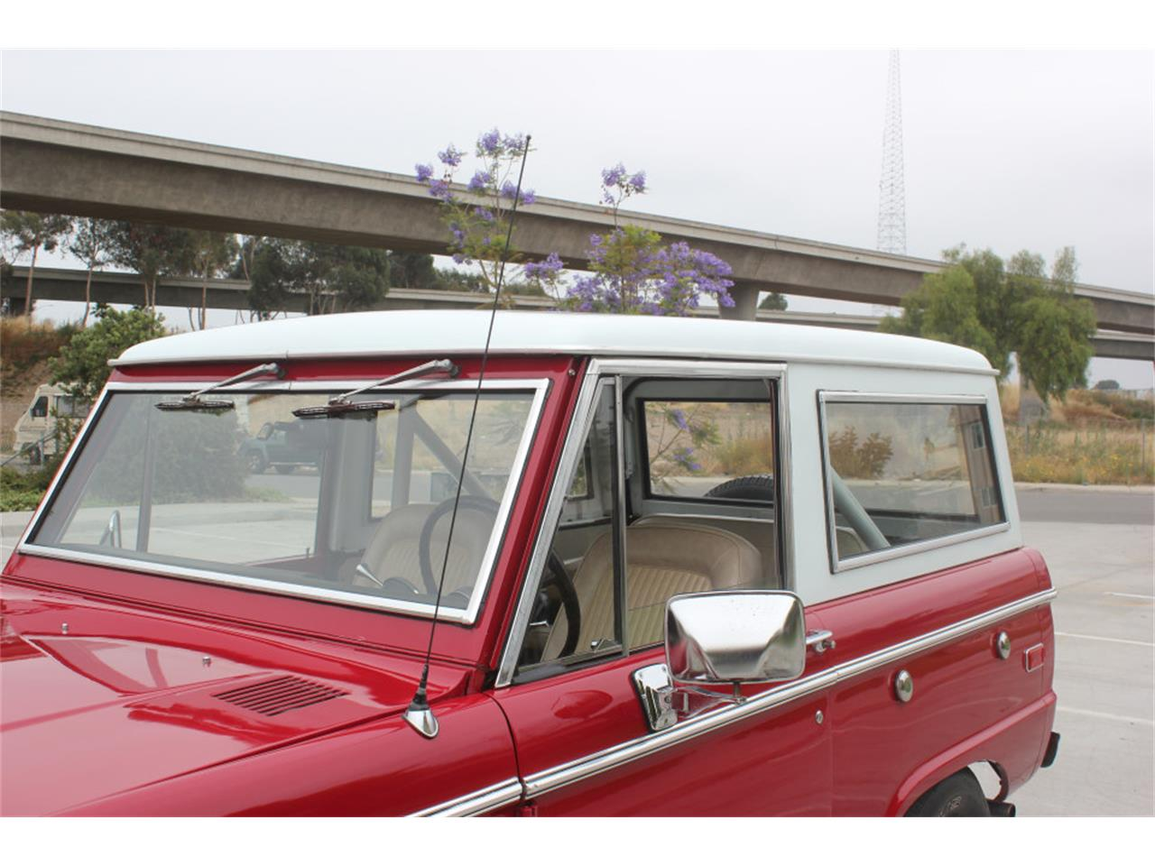 Large Picture of Classic 1971 Ford Bronco Offered by Precious Metals - L83A
