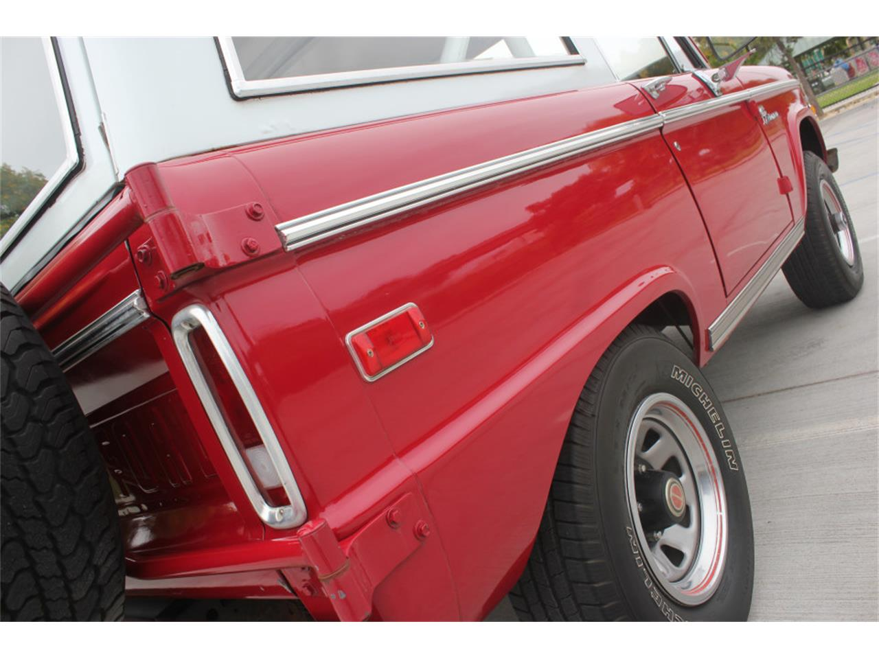 Large Picture of Classic 1971 Ford Bronco - $36,500.00 Offered by Precious Metals - L83A
