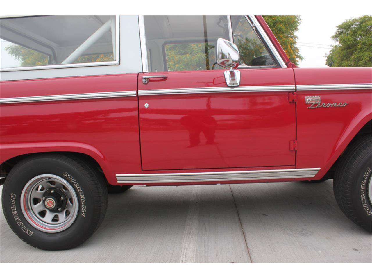 Large Picture of Classic '71 Ford Bronco located in California - $36,500.00 Offered by Precious Metals - L83A