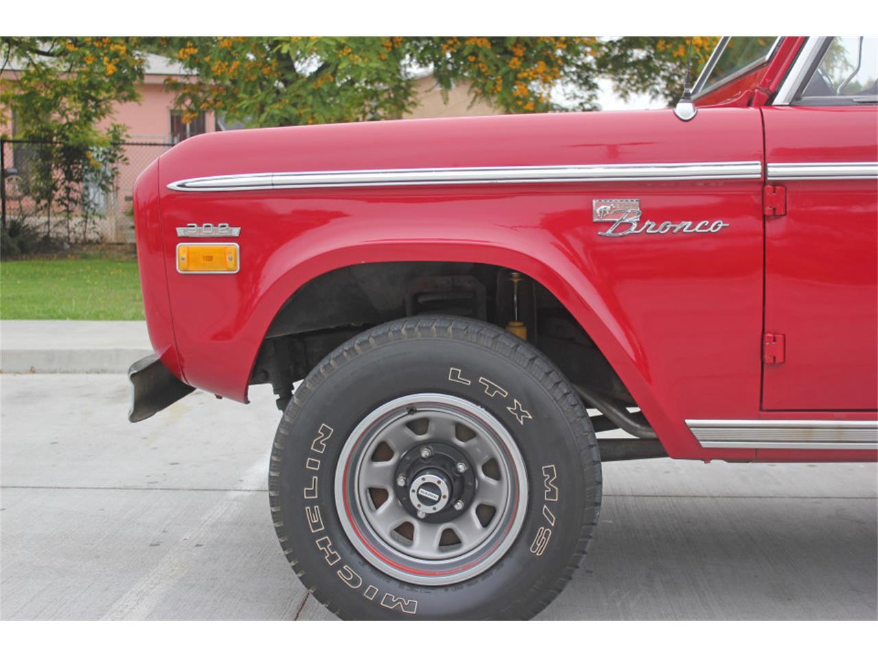 Large Picture of Classic '71 Bronco located in san diego  California Offered by Precious Metals - L83A