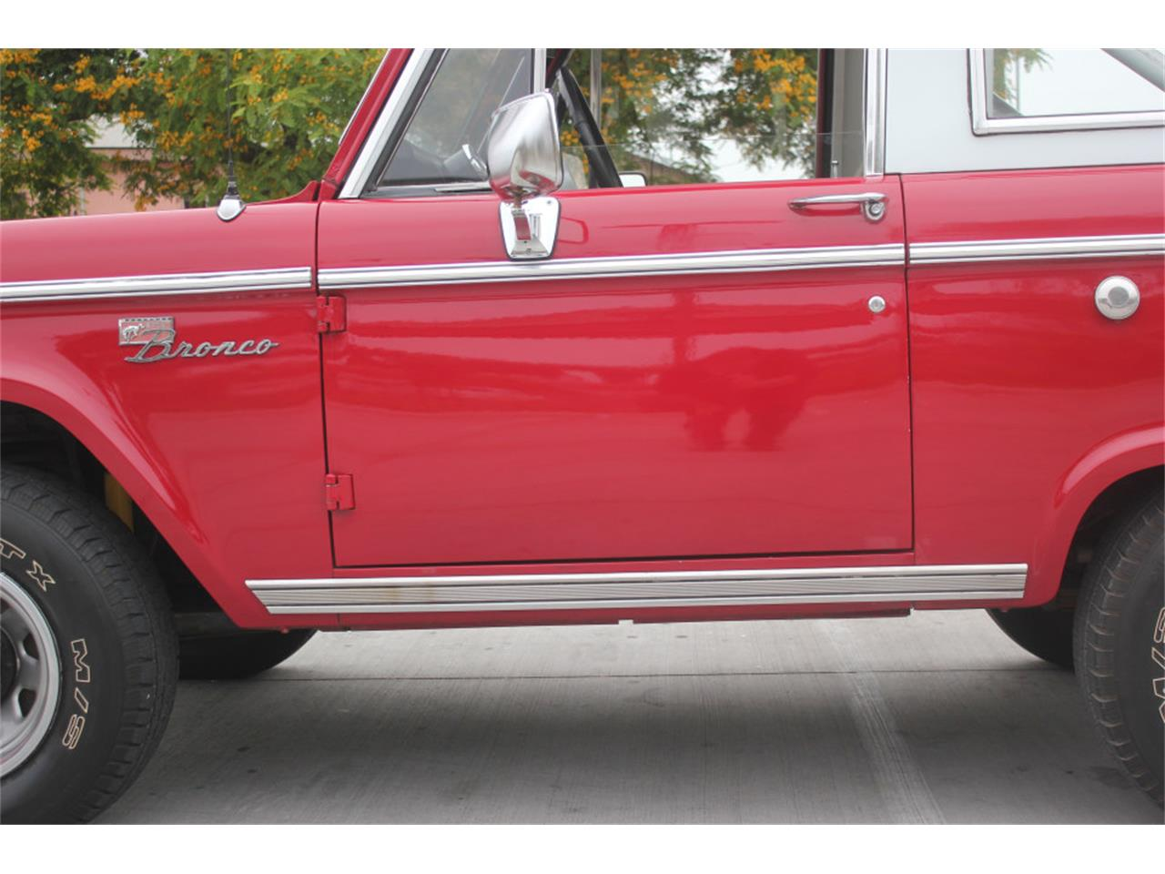 Large Picture of Classic 1971 Bronco - $36,500.00 - L83A