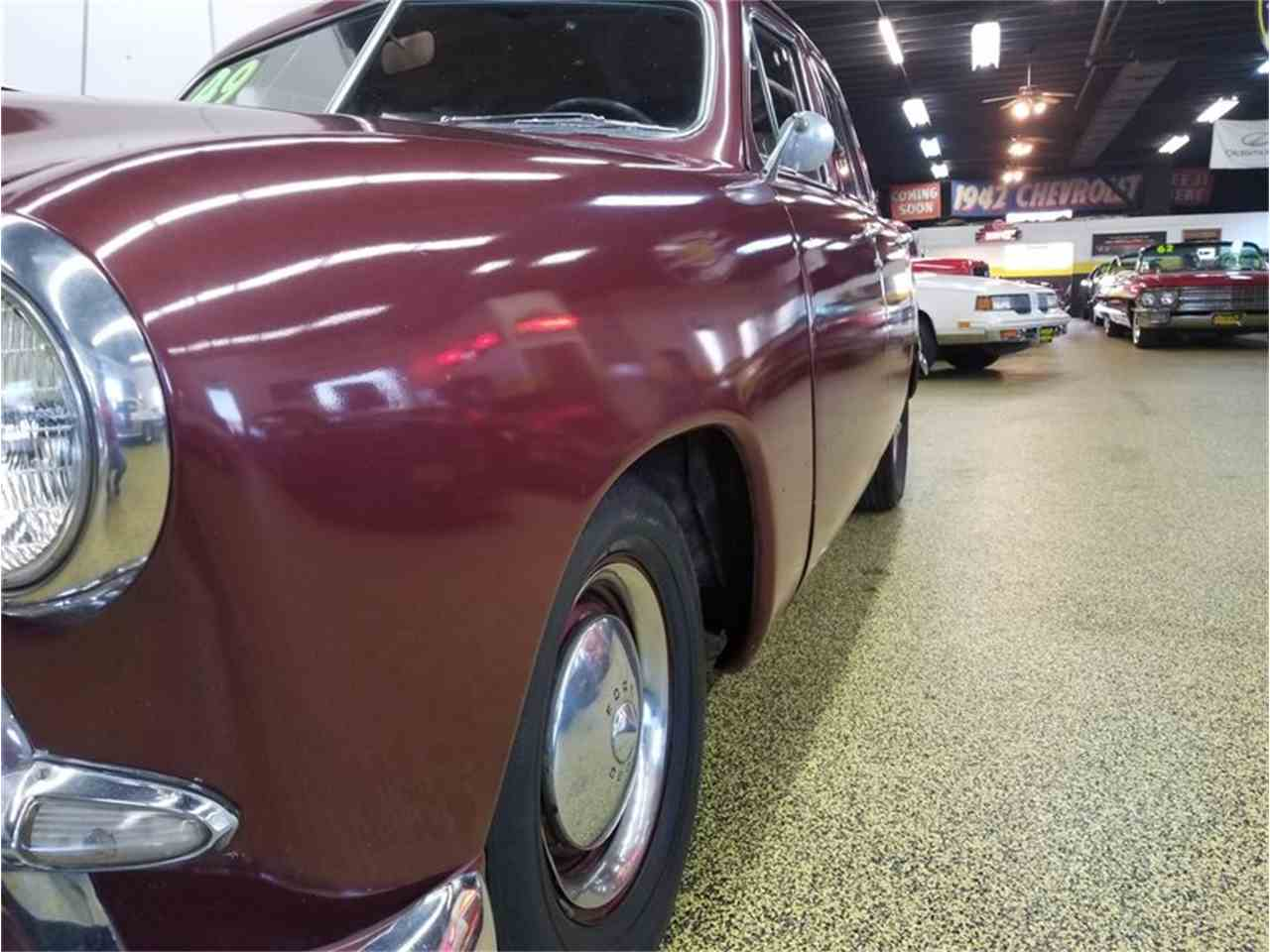 Large Picture of 1949 Ford Sedan located in Mankato Minnesota - L9YQ